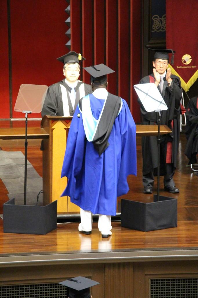 卒業 式 東大