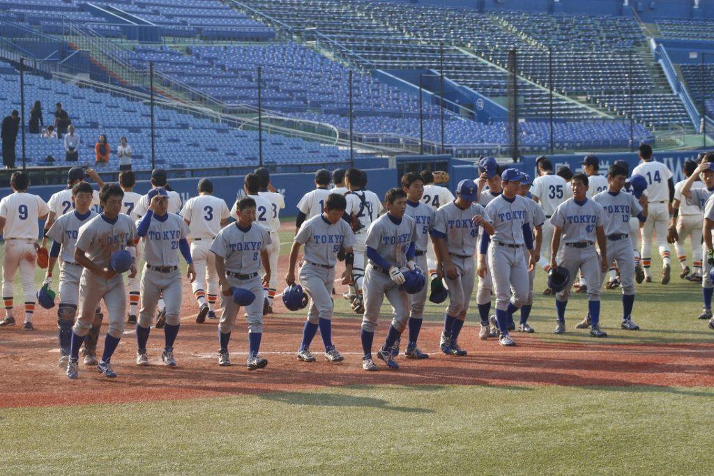 今季最終戦を終えた選手たち(撮影・佐方奏夜子)