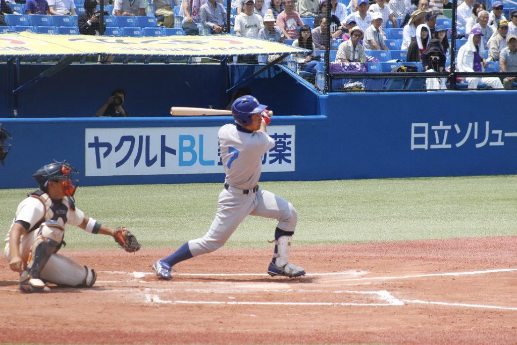 楠田選手のタイムリーでこの回3点目を挙げる(撮影・関根隆朗)