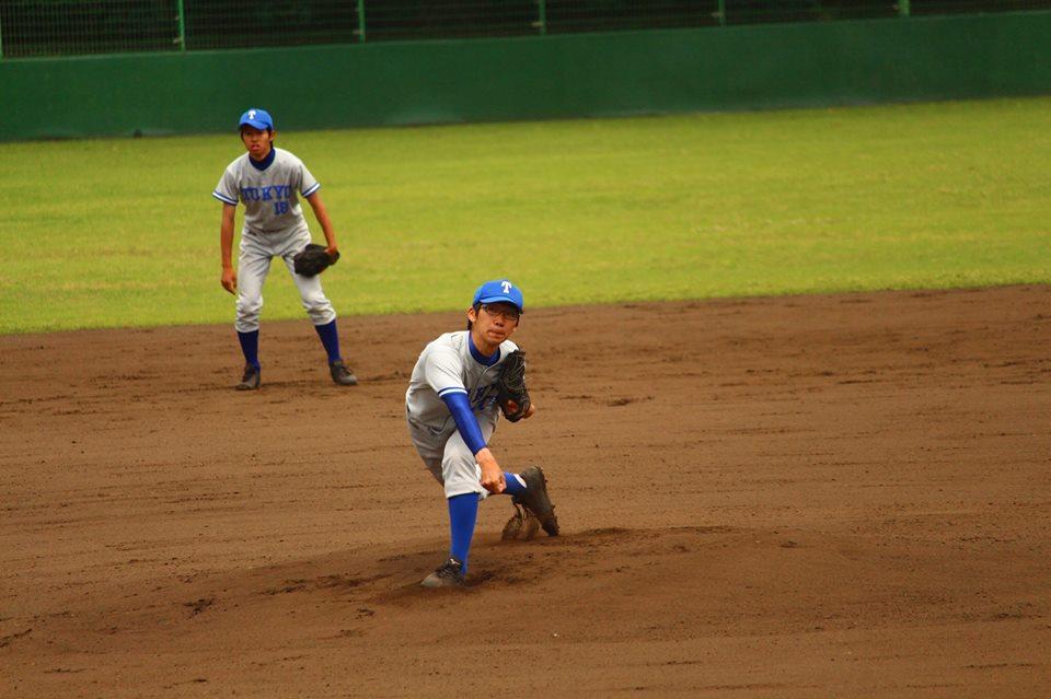 東大先発の吉川投手(写真は軟式野球部提供)