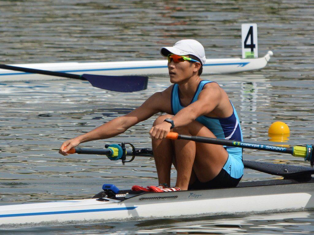 男子シングルスカルで4位入賞した松垣さん(写真は漕艇部提供)