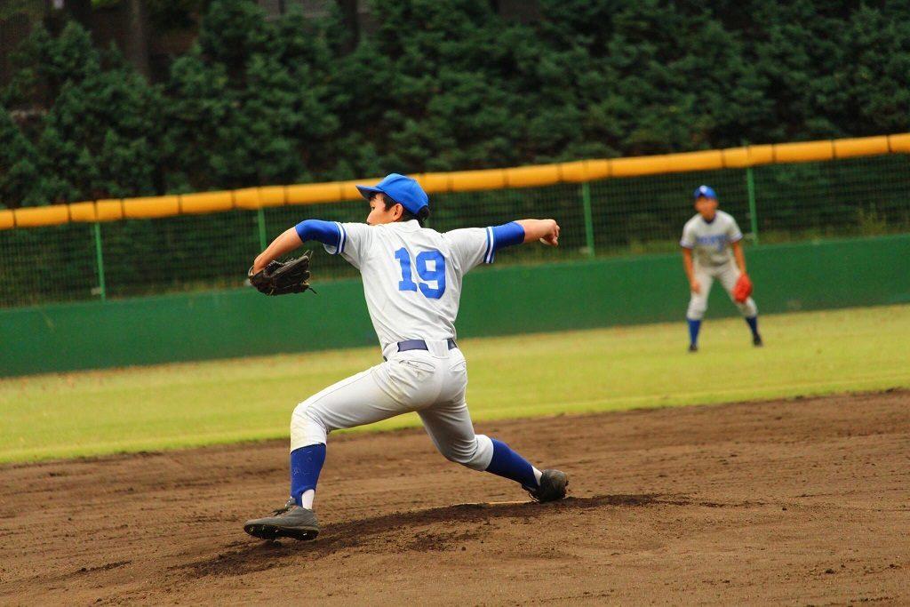 7回2失点と好投した西野投手(写真は軟式野球部提供)