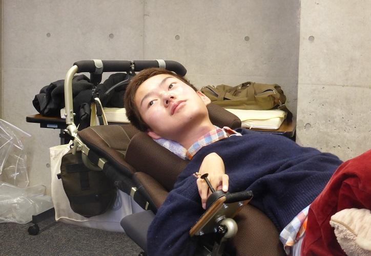 障害者は生き苦しい、東大生だっ...